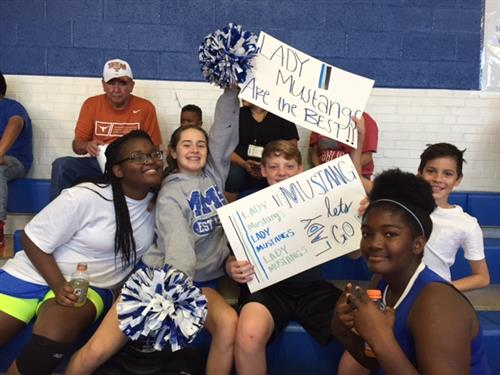 Lady Mustang Fans