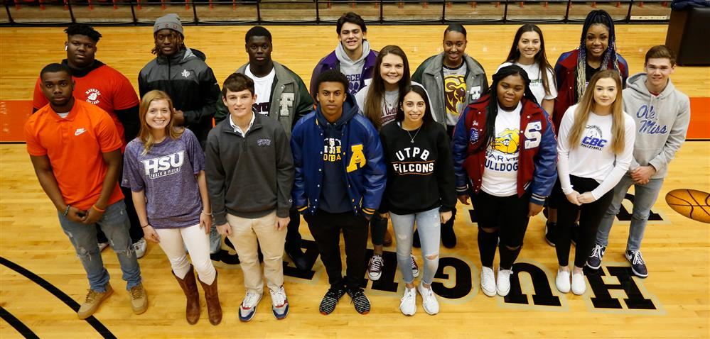 17 FWISD Students Officially Commit To Play College Sports