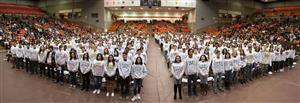 Over 1,000 FWISD Juniors to Receive Academic Sweatshirt for Scholastic Excellence