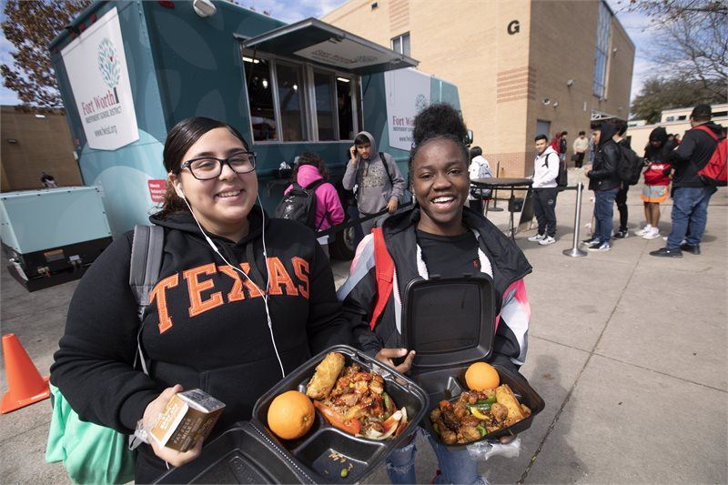 New Food Trucks Now Rolling To High School Campuses