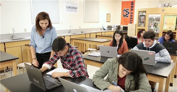 University Of Texas OnRamps Provides College Experience In High School Classrooms