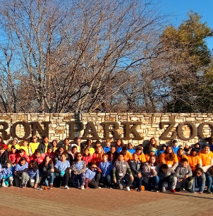Westcliff Elementary fifth graders travel to Cameron Park Zoo, Waco Mammoth National Monument, and Inner Space Cavern on an Education in Action Discover Texas Field Trip