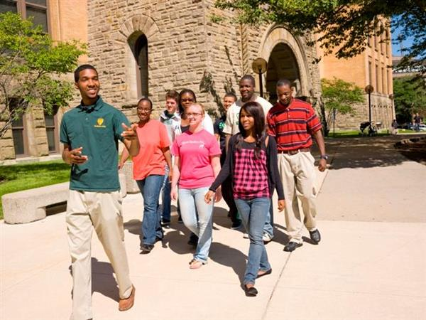 College Visit Tips for Parents