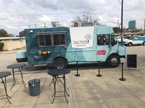 FWISD Food Truck Comes to Trimble Tech!