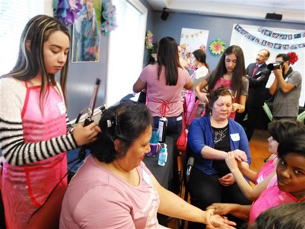 Cosmetology Students Volunteer at Cancer Care Center