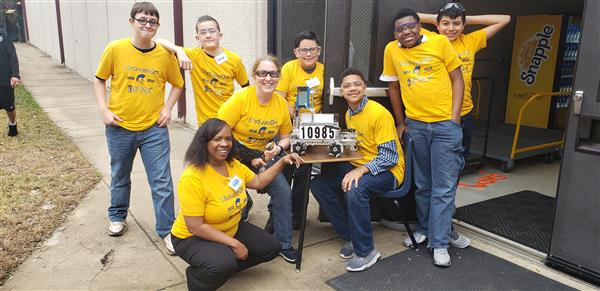 WMS Robotics Team Participates in First Tech Challenge