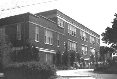 Old Eastern Hills School Building